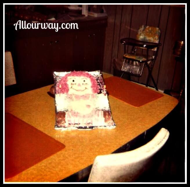Raggedy Ann Cake for a Birthday at allourway.com