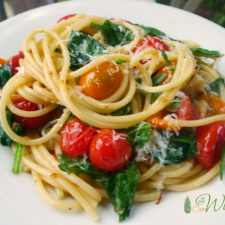 Roasted Grape Tomatoes and Garlic in Olive Oil @allourway.com