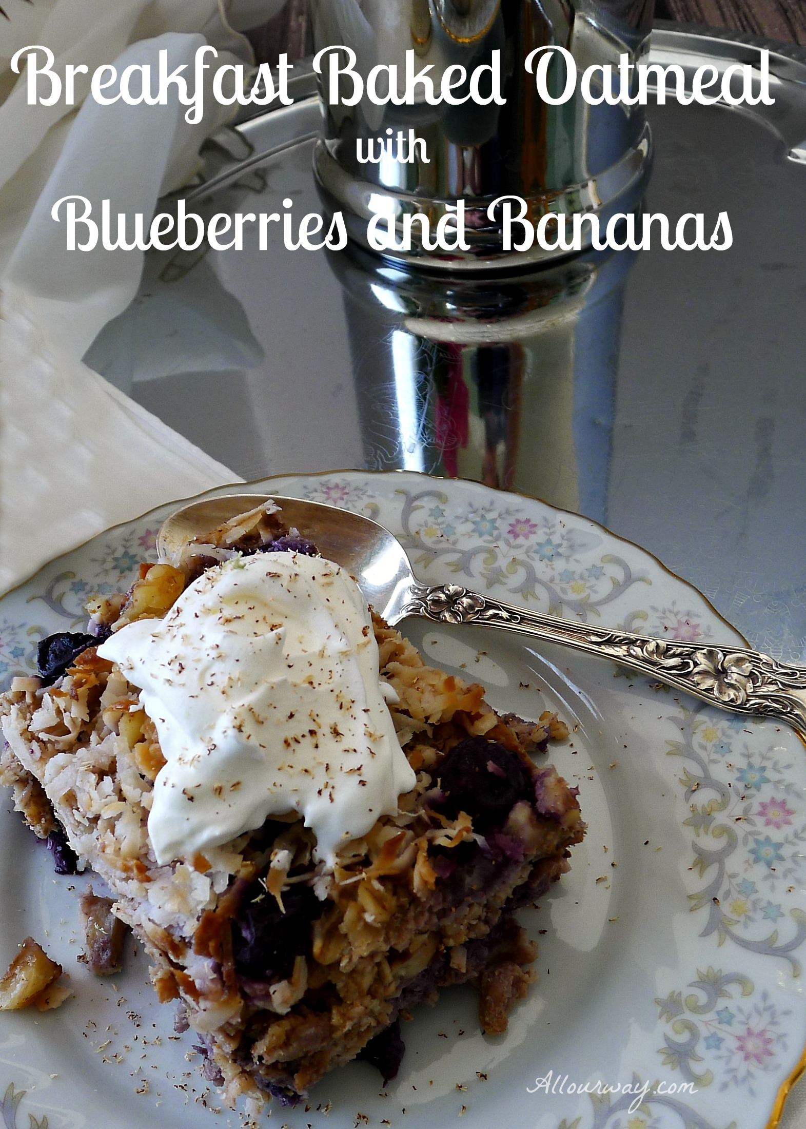 Breakfast Baked Oatmeal with Blueberries and Bananas