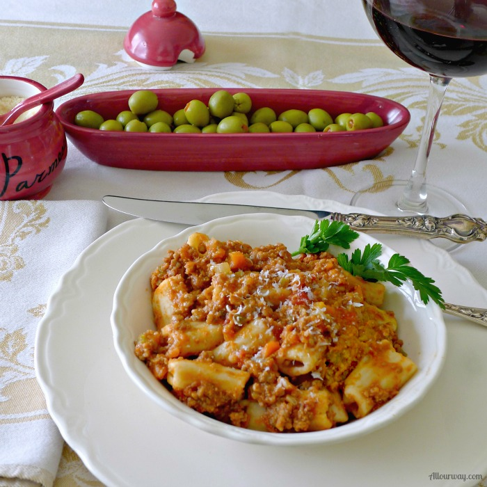 Bolognese Sauce Antica is the perfect sauce for a special occasion. It is a meat based sauce that simmers for hours to give an incredibly delicious taste @allourway.com
