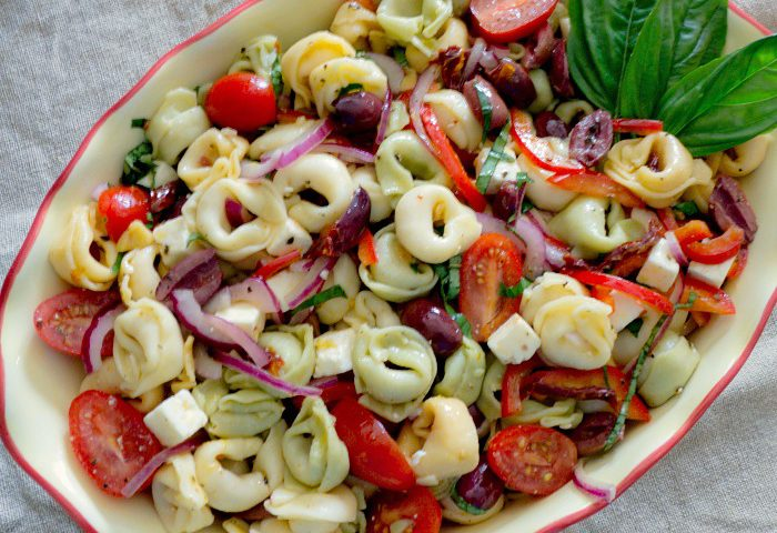 Cheese Tortellini Salad with Sun-Dried Tomatoes