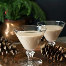 Heavenly Homemade Irish Cream is so good you won't be able to tell the difference from the original @allourway.com
